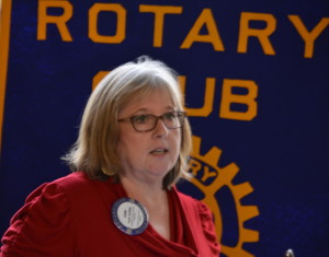 Leah explains the Clubs new Rotary Website 110415