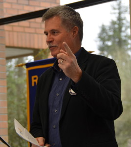 President Jim McMaster encourages Rotarians to solicit for Auction donations 031616